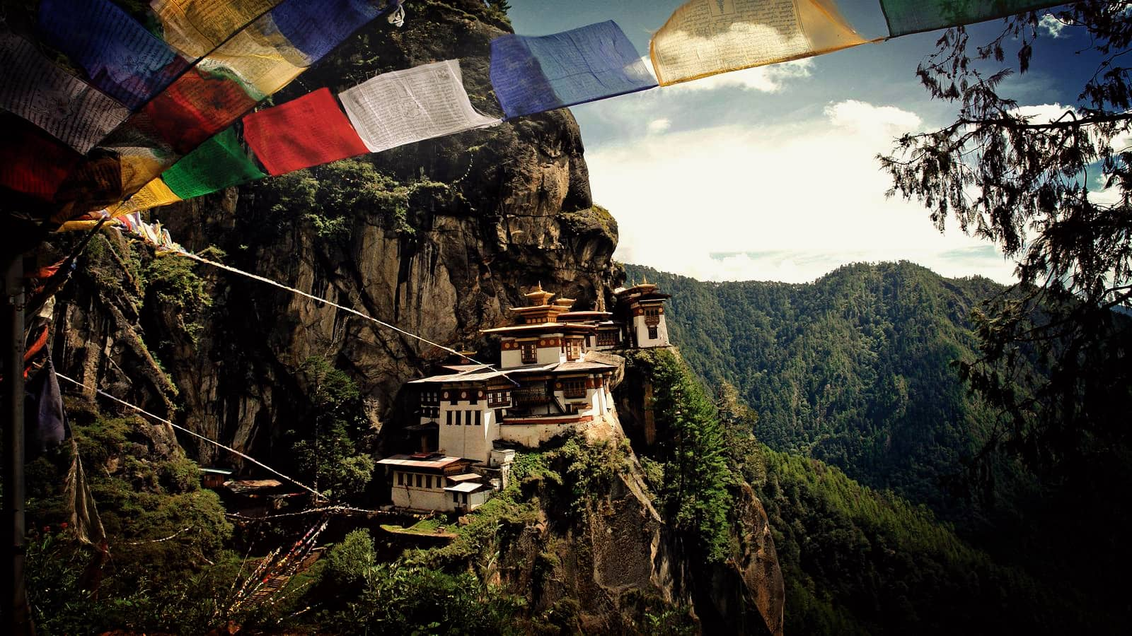 Himalayan kingdom with mystery and magic