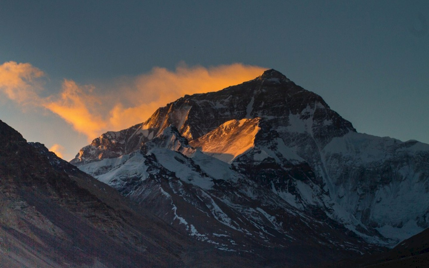 Mount Everest, also known in Nepal as Sagarmāthā and in Tibet as Chomolungma, is Earth's highest mountain. It is located in the Mahalangur mountain range in Nepal and Tibet. Its peak is 8,848 metres (29,029 ft) above sea level